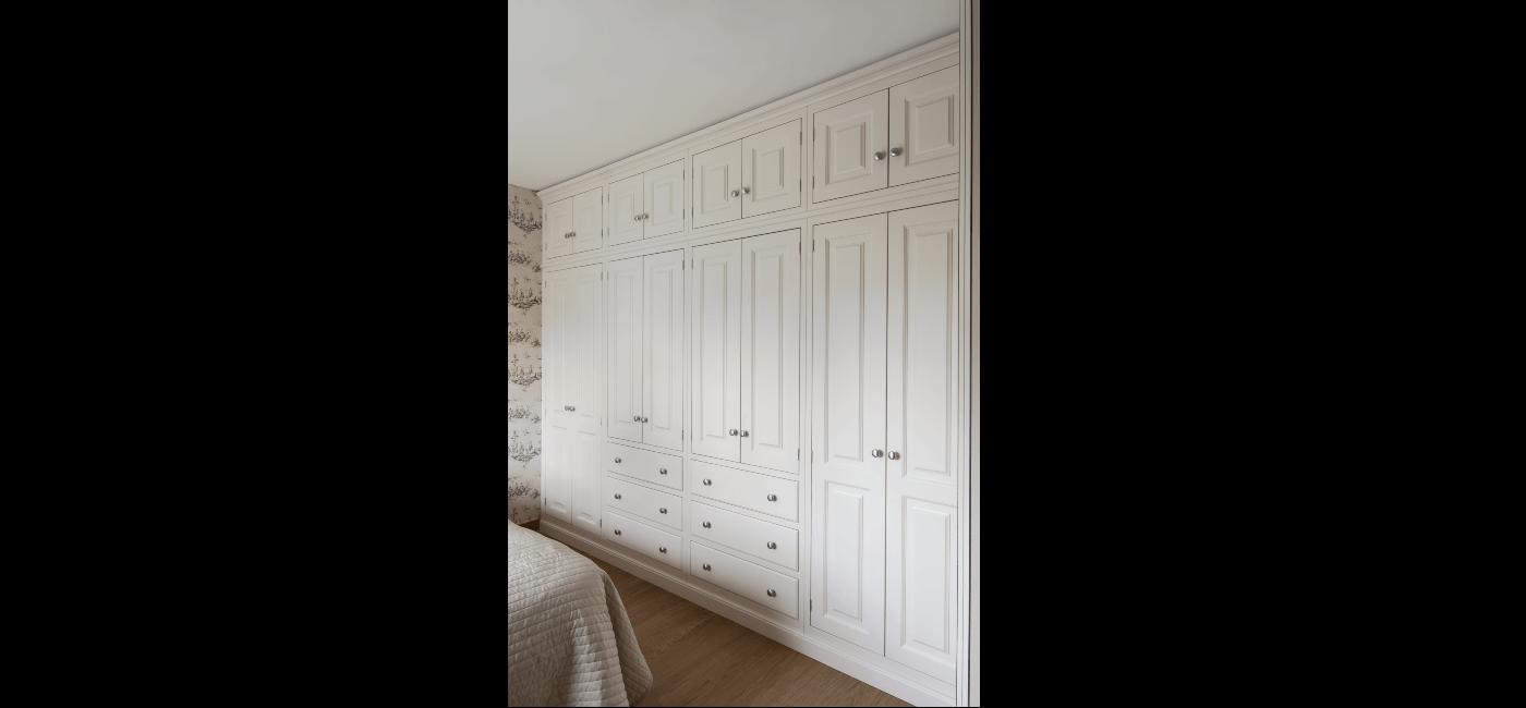 white wardrobe 18